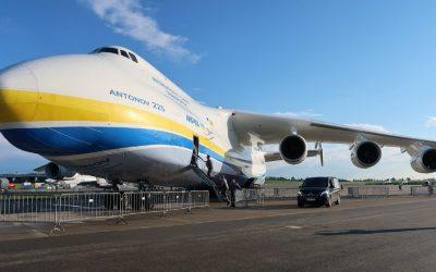 Antonov An-225 – O MAIOR AVIÃO DO MUNDO